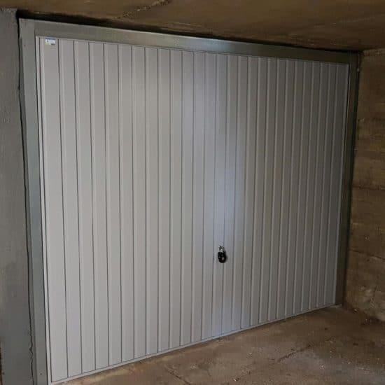 Porte de garage basculante débordante Hörmann