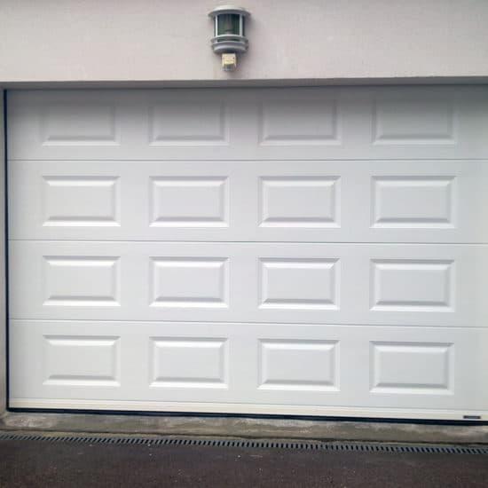 Porte de garage sectionnelle à cassettes La Toulousaine