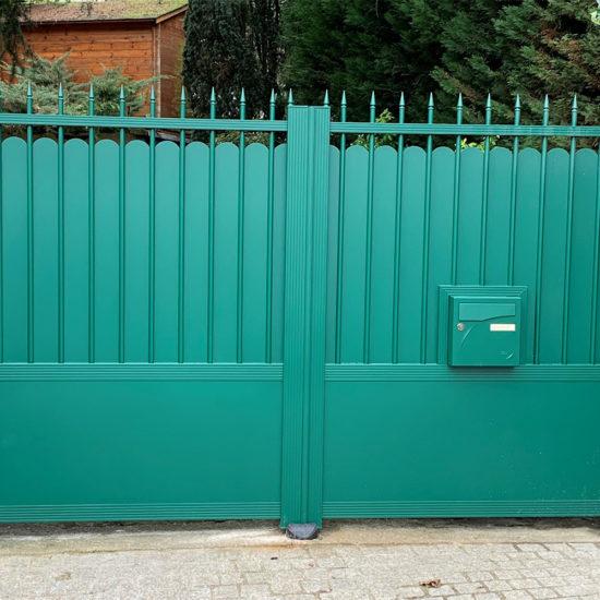 Portail aluminium KSM Debussy vert Ral 6005